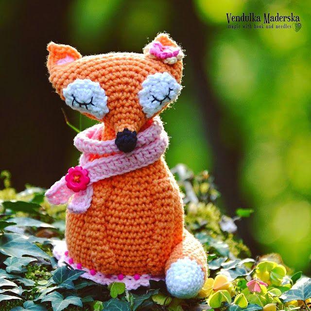 Crochet fox - crochet pattern by Vendula Maderska