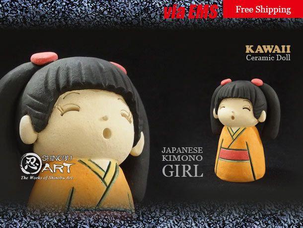 "Etsy のKawaii Ceramic Doll, Ceramic Japanese Kimono Girl ""MIKAN"", Japanese Folk Dolls, Hand-built Ceramic Art, Free Shipping(ショップ名:ShinobuArakiArt)"