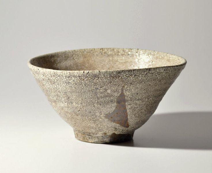 Korean white-crackle glazed tea bowl chawan Joseon 19th 5.9-5.2in, 3in