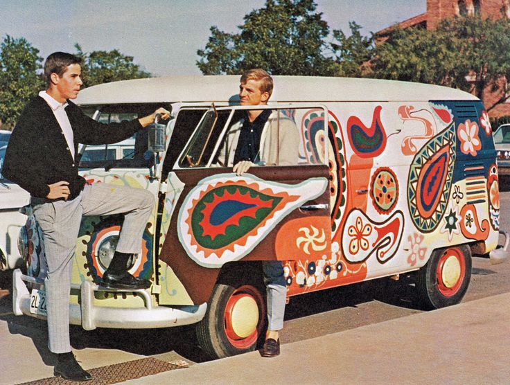Groovy Volkswagen Bus, 1968. PAISLEY!!!! Want want want