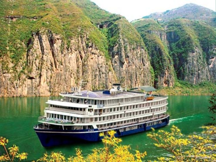 You can take a ferry along the river for few days to enjoy Yangtze River's view.