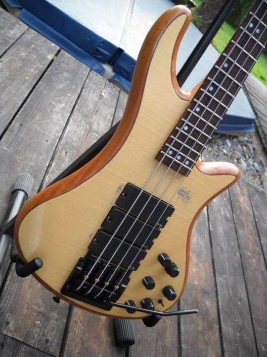 Custom Schecter bass with a Kahler!
