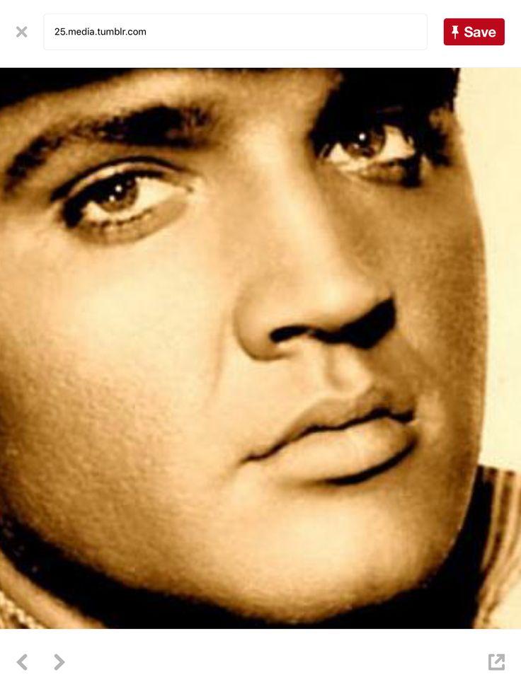 1874 best Elvis Presley images on Pinterest | Beautiful men ...