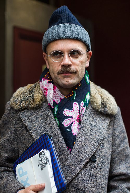 Street Looks à la Fashion Week homme automne-hiver 2015-2016 de Paris, Jour 1 http://www.vogue.fr/vogue-hommes/fashion-week/diaporama/fwah2015-street-looks-la-fashion-week-homme-automne-hiver-2015-2016-de-paris-jour-1/18697#street-looks-la-fashion-week-homme-automne-hiver-2015-2016-de-paris-jour-1