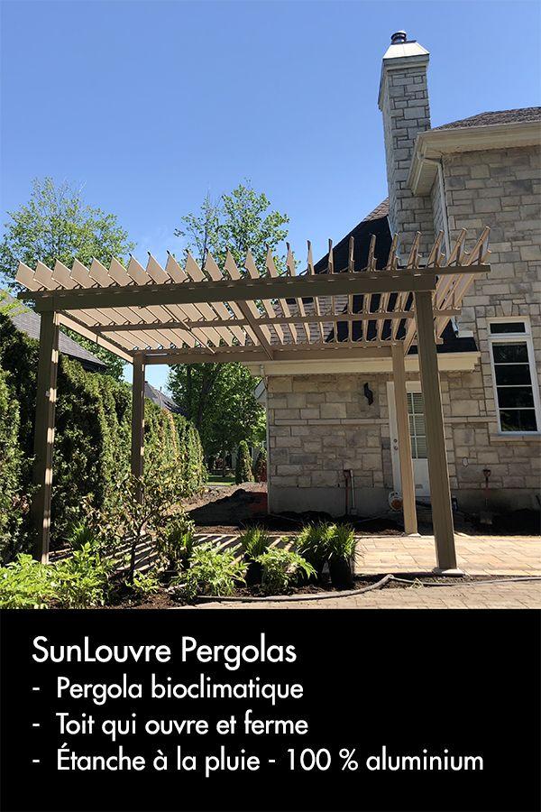 Pergola bioclimatique 100 % aluminium avec toit de lames qui ...