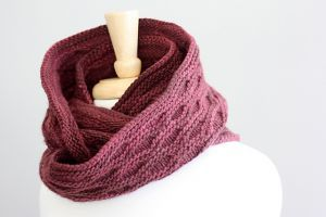 Вязание спицами cнудa для Джейн http://vjazhi.ru/sharfy-shali/snud-dlya-dzhejn.html