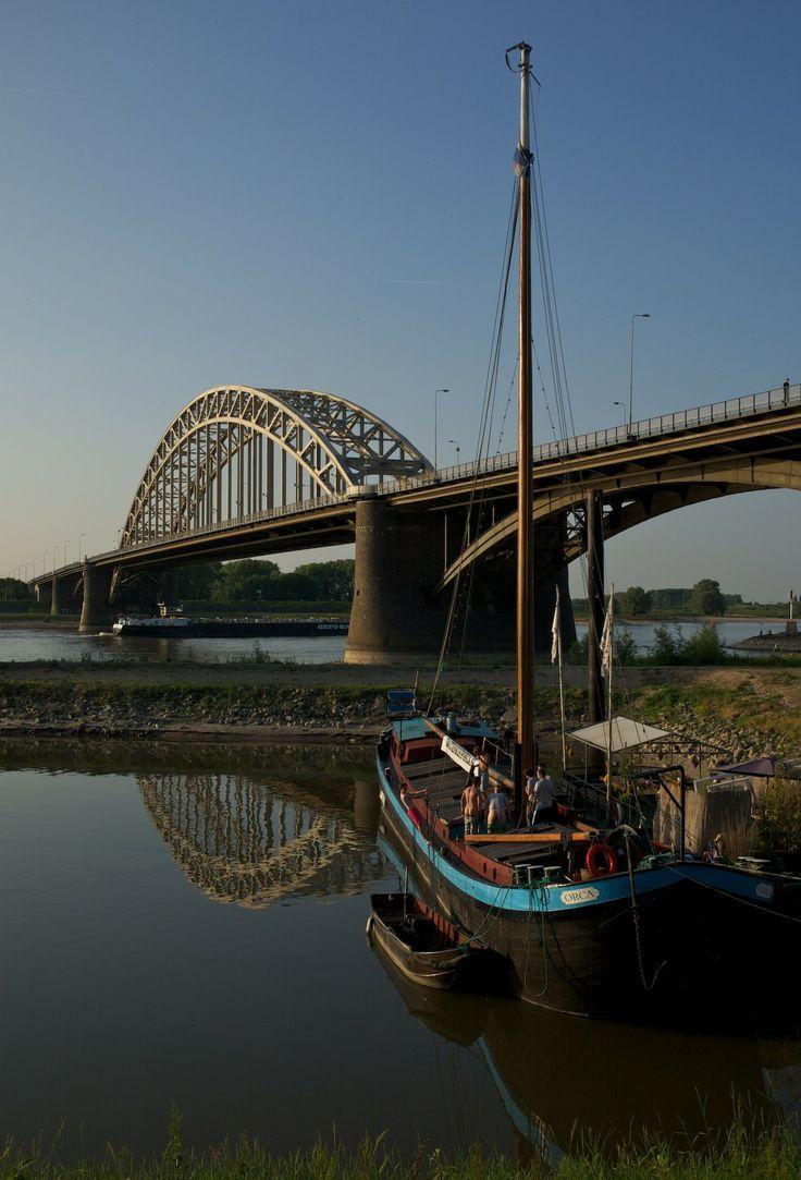 Waalbrug, Nijmegen, Gelderland.