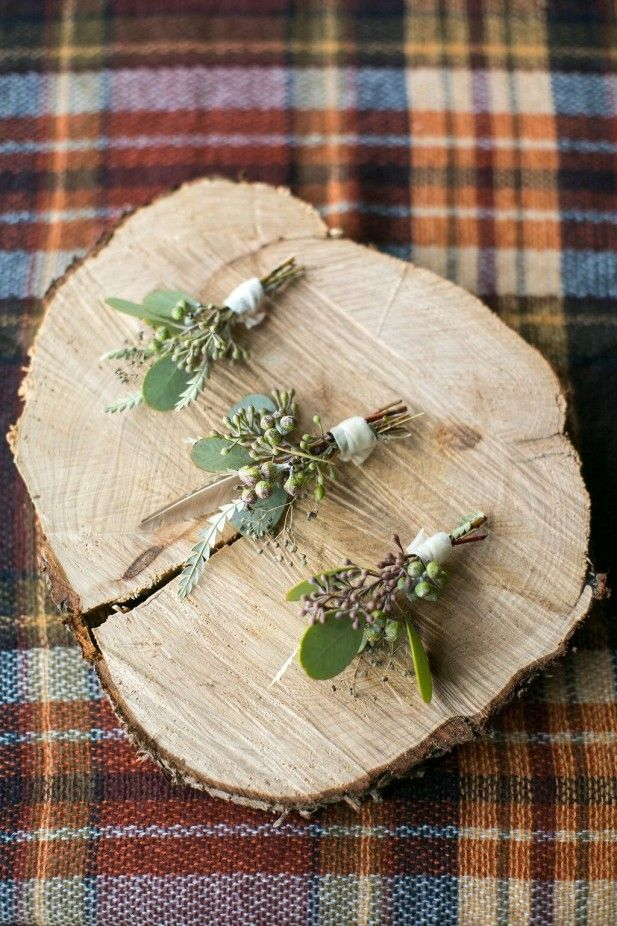 Boho wedding boutonnieres (Birds of a Feather)