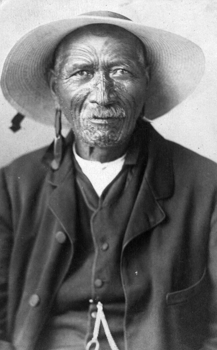 circa 1875:  A Maori villager.  (Photo by Hulton Archive/Getty Images)