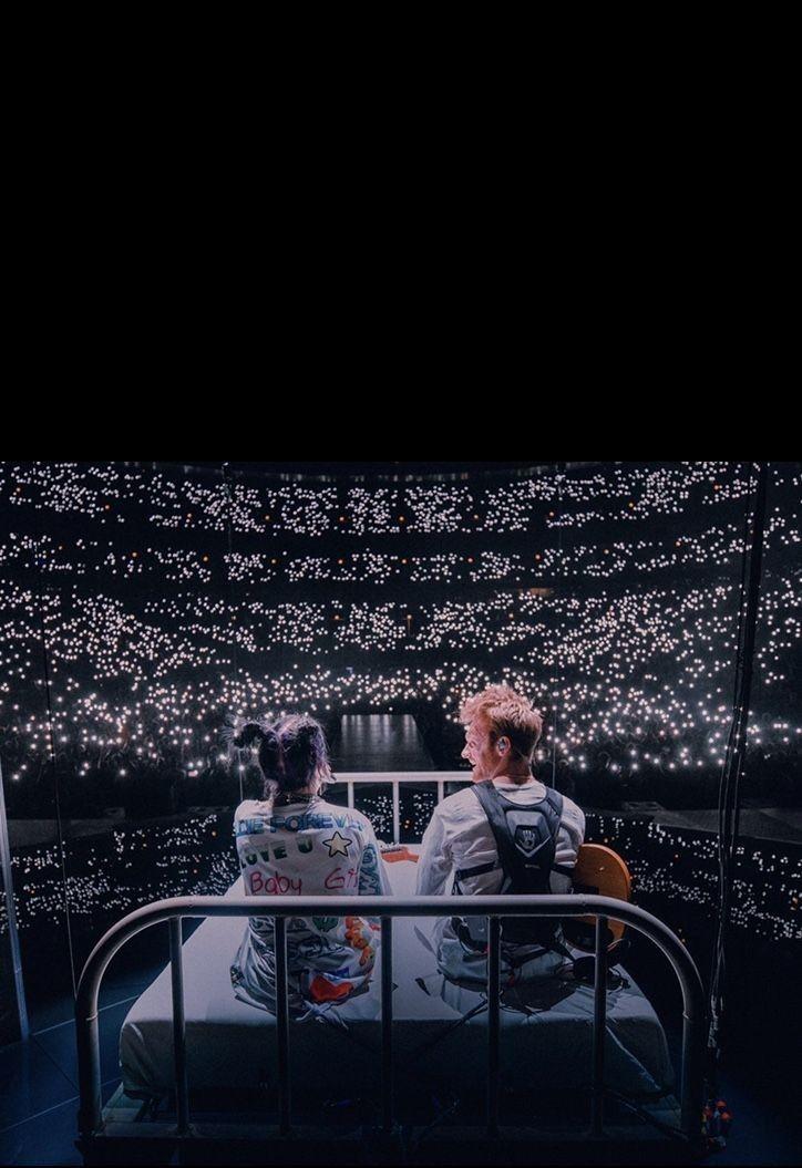 Billie And Finneas In 2020 Billie Billie Eilish Concert Lights