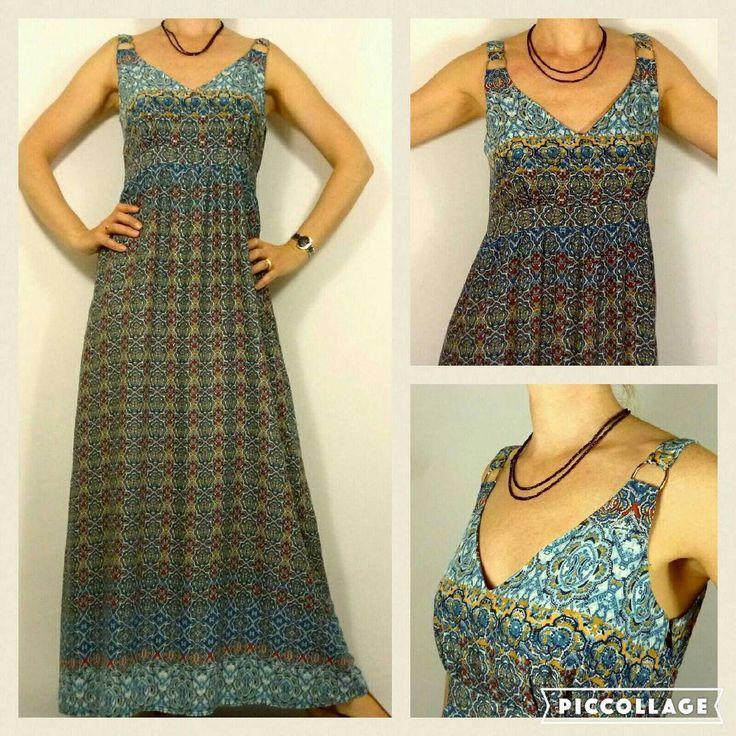 Je cherchais un patron de robe longue qui me permettrait de mettre en valeur ce tissu. Mon choix s'est à nouveau porté sur la robe C du dressing Chic revisite les années 70 ! #cestsurleblog #eurotissus #dressingchicrevisiteles70