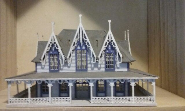1:144 mansion