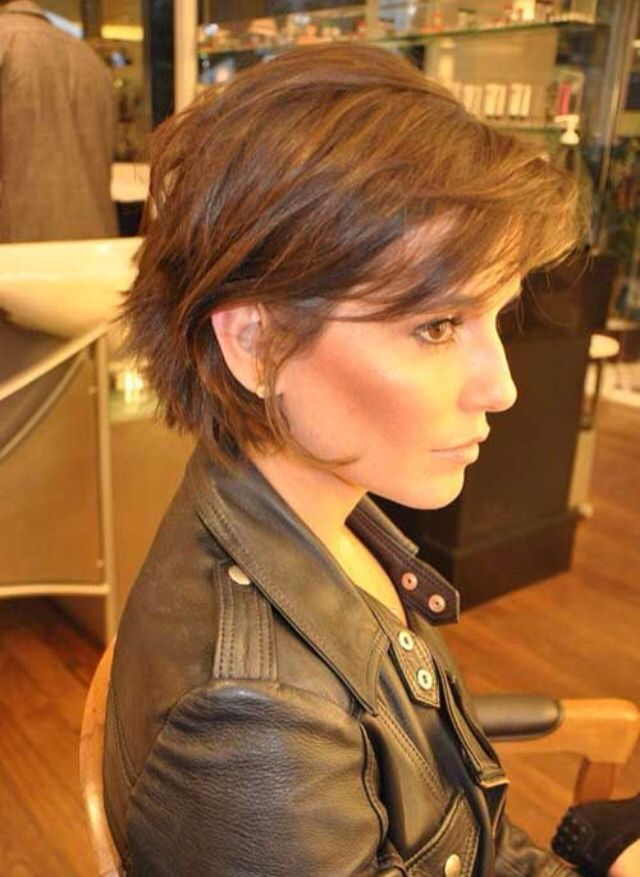 Love the bangs on this cut