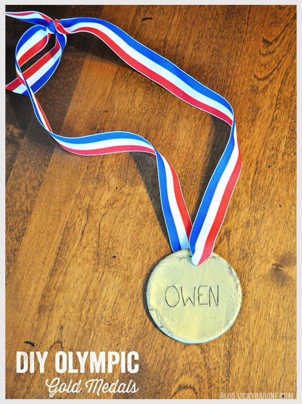 DIY Olympic Gold Medals | Vicky Barone | crafts for kids | winter olympics sochi
