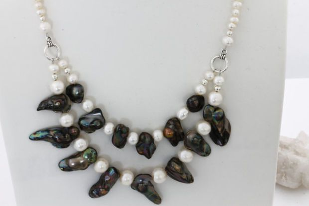 Pearl Necklace / Freshwater Pearls and Baroque Pearl Necklace / Double Necklace / Elegant Trends by Kalitheo Creations. KTC-197