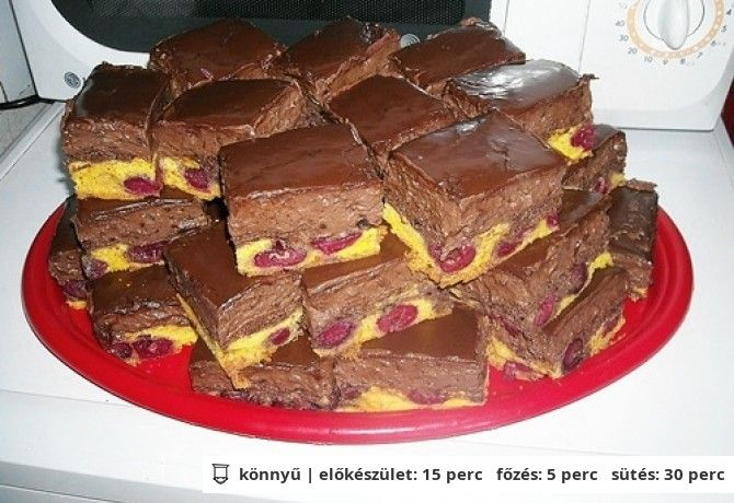 Csokis-meggyes kocka Moncsikától | NOSALTY – receptek képekkel