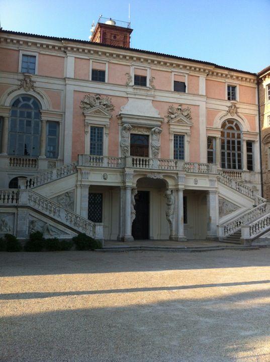 Castello di Govone in Govone, Piemonte