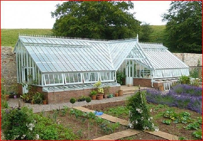 Look At This Trendy Beautiful Greenhouse What An Artistic Design And Style Beautifulgreenhouse Underground Greenhouse Greenhouse Greenhouse Plans