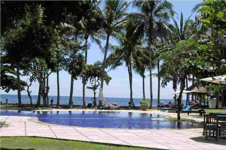 Hotel Sunari Lovina, hotel bintang 3 di pinggir pantai Lovina. Hanya Rp 500.000 nett/malam. Kunjungi http://www.fastatour.com/hotel-sunari-lovina.html