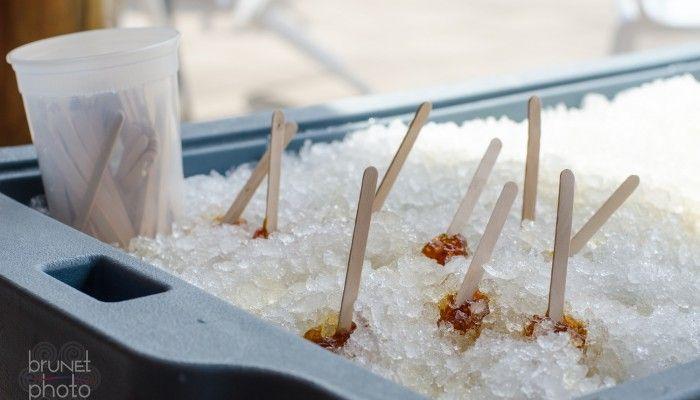 L'arrivée du printemps est toujours synonyme de temps doux et du très populaire temps des sucres, hourra! Chaque années, ce sont près de 600 000 visiteurs qui profitent de la fonte des neiges pour se sucrer le bec en Montérégie. D'ailleurs, le site macabaneasucre.com est le meilleur point de départ pour choisir une cabane à sucre ou un restaurant qui cuisine avec de l'érable.