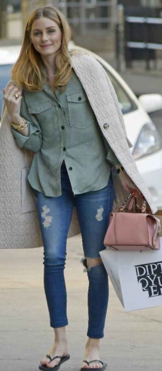 Who made Olivia Palermo's tan coat, beige handbag, green button shirt, and ripped skinny jeans?