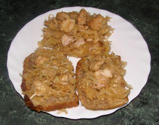 W Mojej Kuchni Lubię.. : kapusta kiszona na indyku z grzybami suszonymi...