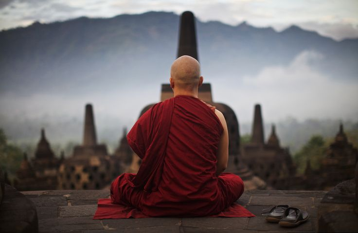 10 conseils de moines bouddhistes pour avoir une vie épanouie. Les gens cherchent le bonheur dans les mauvais endroits. Avoir une vie épanouie ce n'est ...