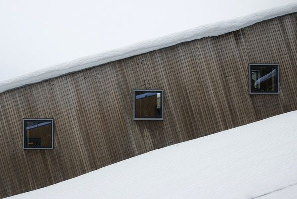 Architectural, Snow Covered Green Grass Next To The Left Side Of The Steep Slove House: Cool Three Identical Homes Taking Advantage of a Ste...