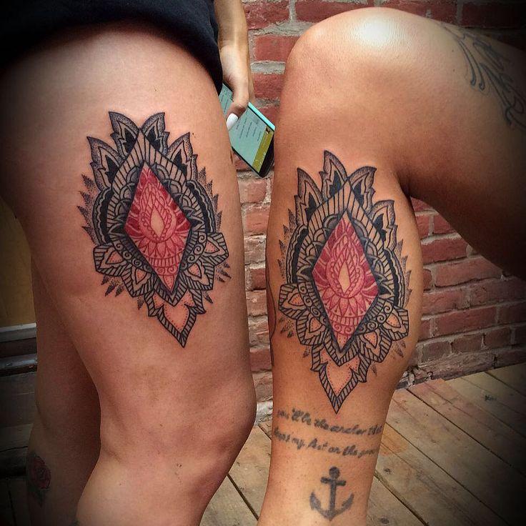 Artiste tatoueur, Montréal, ornemental/dotwork, AZL