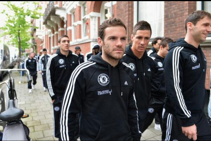 Let's go chelsea win today #cfcamsterdam #cfc #EuropaLeague #blues #Juanmata10