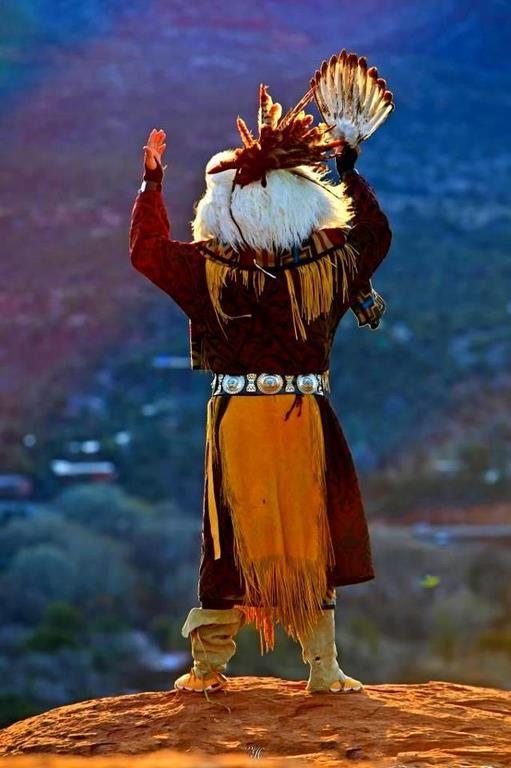 Nativo americano Regalia @ Ya-Native.com