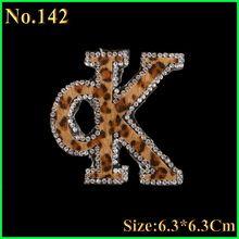 1 stks/partij Engels Alfabet OK Hotfix Steentjes Motief Ijzer Op Kristal Patch Applique Voor Kinderen Vrouwen T-Shirt Broek Kleding(China (Mainland))