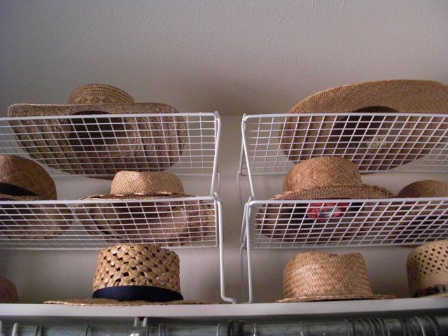 A good way to store hats (if you have the closet space). lauhala_hat_storage.jpg (640×480)