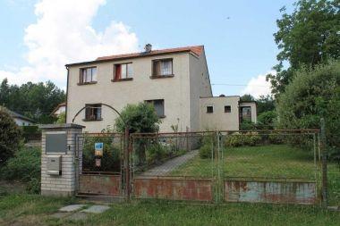 Aukce pohledávky z hypotečního úvěru 2508201501 Lokalita Chválenice a Plzeň Nejnižší podání 970 000 Kč