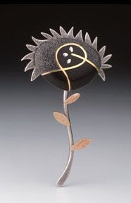 Studio Discovery Tour artist Dana Driver: Abstract Flower brooch