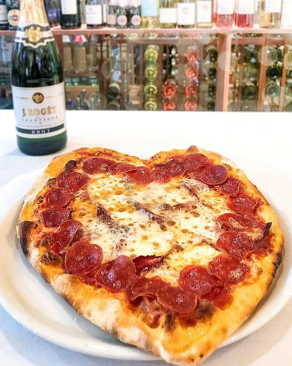 Fall in Love with Siena Italian Authentic Trattoria's Special Valentine's Day Menu | Grilled tenderloin, Tasty dishes, Pasta lover