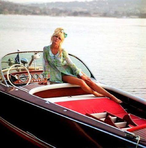 Boating Bardot