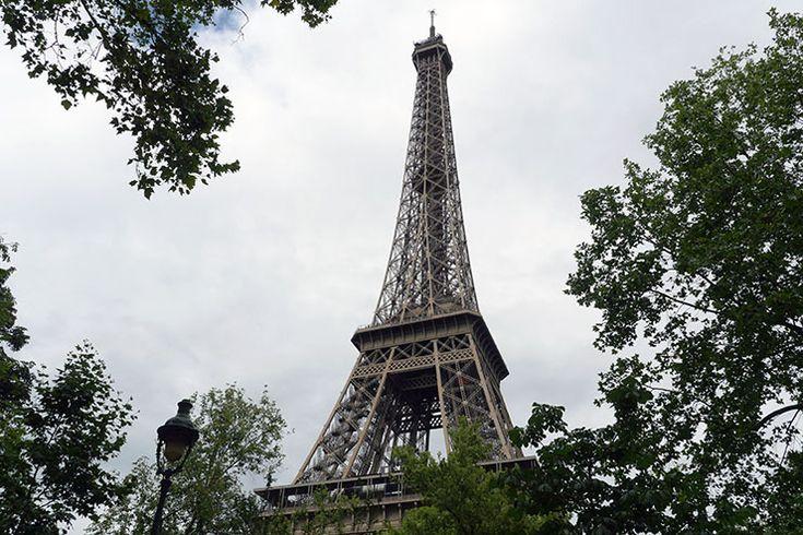 【世界ふしぎ解決団】エッフェル塔のてっぺんってどうなってるの? 超望遠レンズで覗いてみた結果