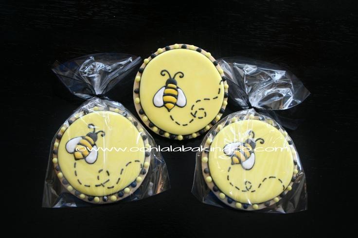 Bumble Bee cookies  www.oohlalabakingco.com