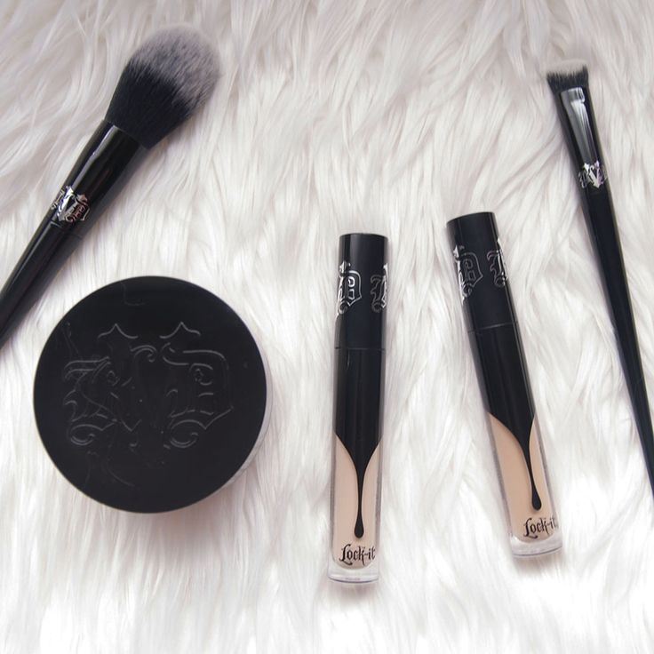 KAT VON D LOCK-IT CONCEALER CREME AND LOCK-IT SETT...