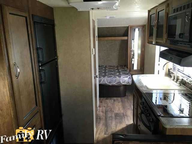 2016 New Forest River SALEM CRUISE LITE 191RDXL Travel Trailer in California CA.Recreational Vehicle, rv, 2016 FOREST RIVER SALEM CRUISE LITE 191RDXL, FEATURES  6 -6 Interior Height 3 Burner Cook Top Super Lube Axles Smooth Metal Front Wrap w/ Rock Guard Switch Control Center Tv Antenna w/ Booster Microwave w/ Carousel Water Heater By-pass Radial Tires 13.5K Air Conditioner Exterior Marine Speakers Designer Bedding Wood Plank Lino Decorative Curtain Rods w/ Pleated Shades in Living Area…