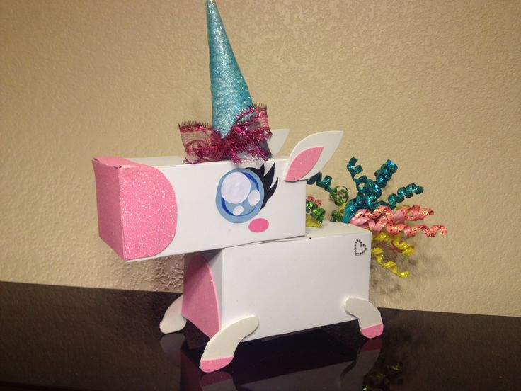 Unicorn Valentine Box- Kaitlin's version This is the one that I made and am very proud of :)