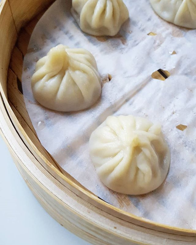 Just posted the recipe for my Turkey Xiao Long Bao, link in my bio! A lighter version of our favourite soup dumplings with a surprisingly easy step by step recipe!   #foodporn #food #noms #soup #dumplings #xiaolongbao #xlb #shanghaisoupdumplings #chinesefood #chinesenewyear #ncfood #nceats #eats #instafood #instafoodie #foodie #yummy #yum #dinner #easyrecipes #cooking #chefmode #hungry #foodies #recipe #soupybois