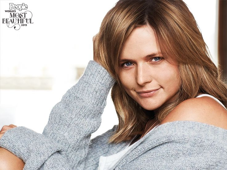 See Miranda Lambert Pose Without Makeup (PHOTO) http://www.people.com/people/package/article/0,,20913899_20917293,00.html