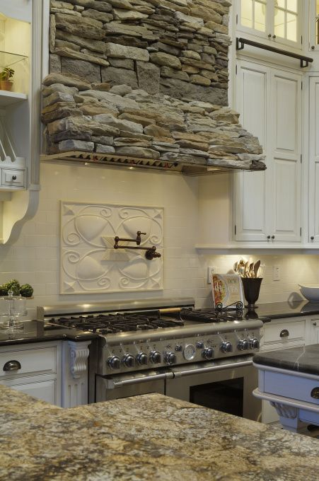 Best 25 stove hoods ideas on pinterest vent hood for Stove top with built in vent