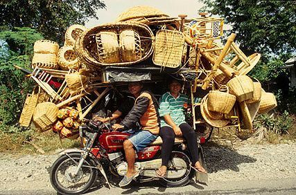 Basket dealer, Philippines  #Philippines = MORE #Fascinating