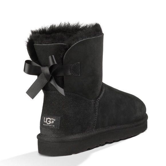 UGG Mini Bailey Bow ll black Boot Stiefel Winterstiefel Schuhe black warm Damen
