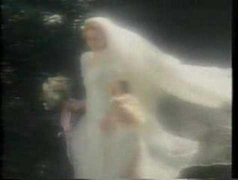 Estee Lauder - Beautiful - 1980's UK Advert