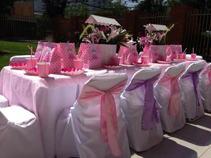 Mese celebración infantil rosa