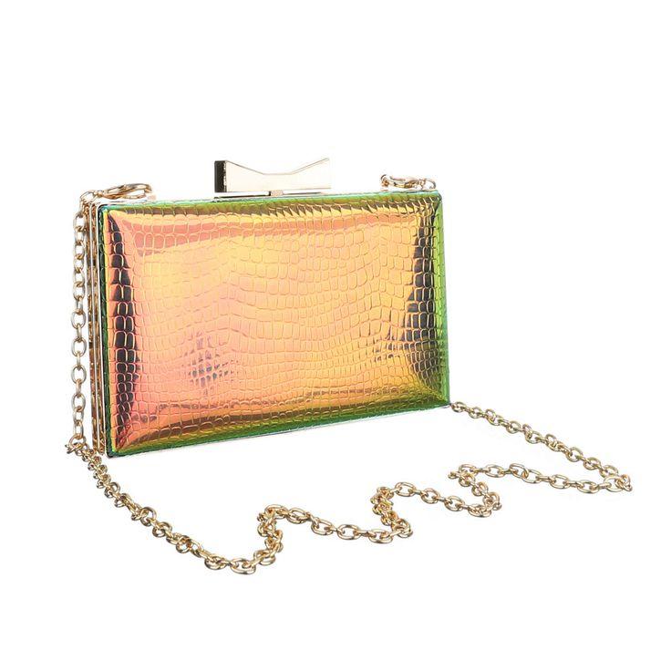 10,99 € - Elegante kleine Damen Abendtasche mit Clip-Verschluss.
